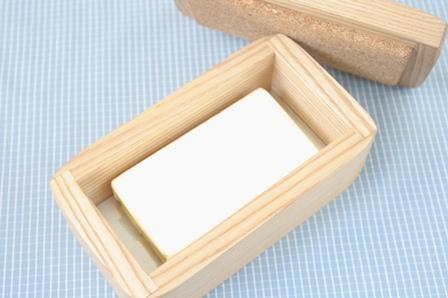バターを密閉保存できる「トゥルー バターケース」